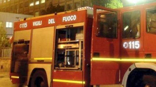 Zjarr në një banesë në Napoli, digjen dy persona, një tjetër në gjendje të rëndë
