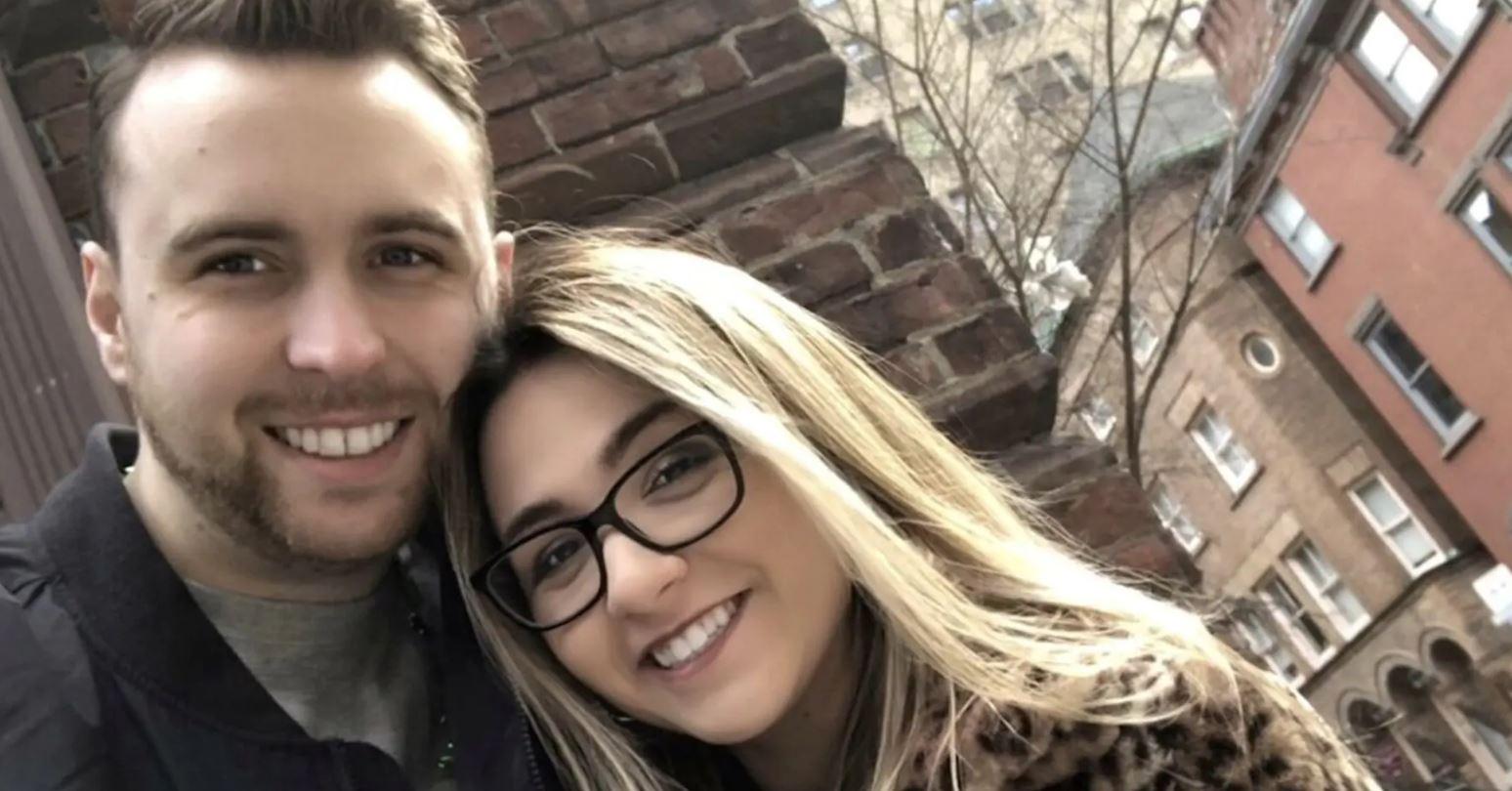 Fakti tronditës: Çifti i fejuar zbulon se kishin lindur pranë njëri-tjetrit në spital