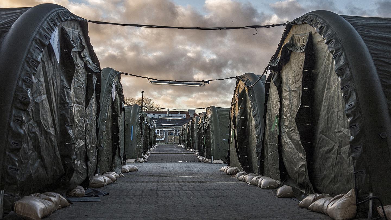 Danimarka e prerë, refugjatët që kanë më shumë se 1,100 euro  nuk marrin ndihmë