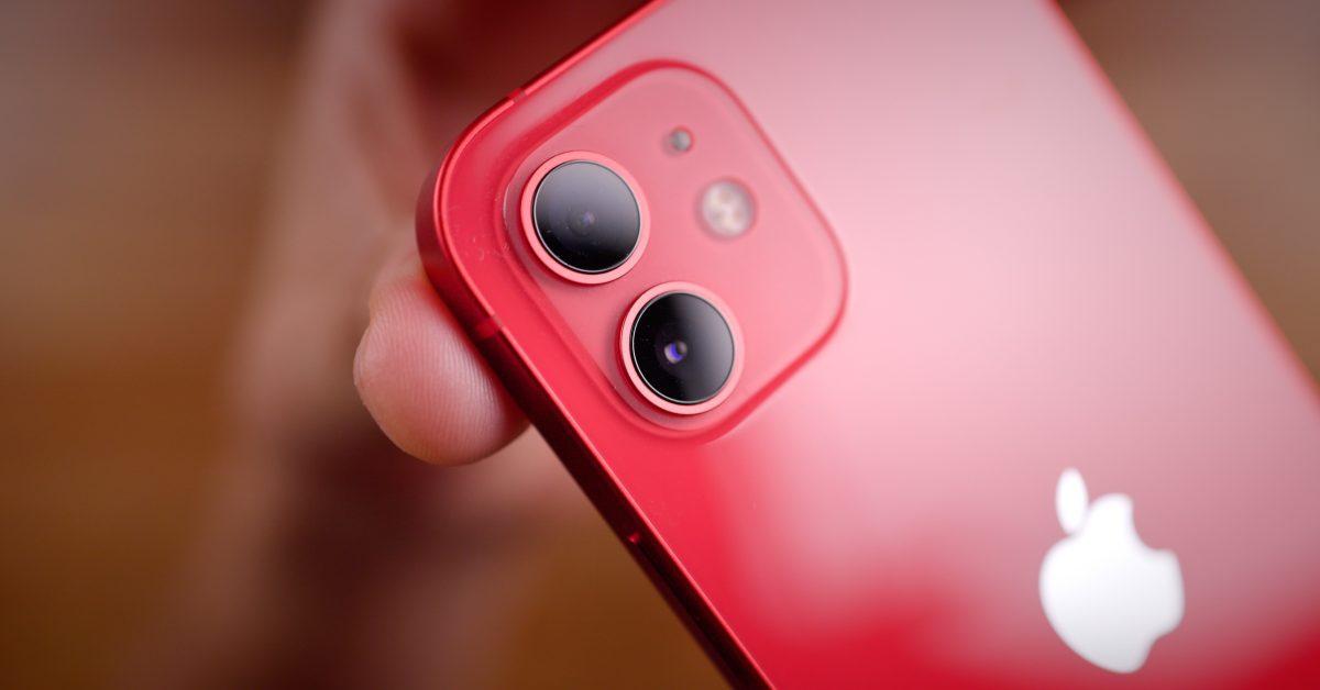 Brazili shiti iPhone 12 pa karikues, Apple e gjobit me 2 milion dollarë