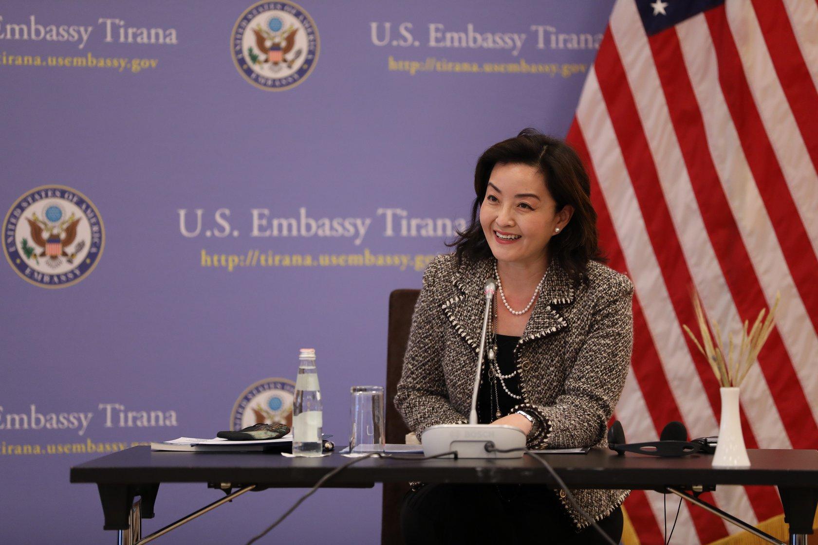 """""""SHBA mbështet Shqipërinë për anëtarësim në BE"""", Yuri Kim: Të palëkundur për Reformën në Drejtësi"""