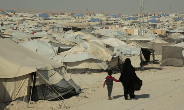 """Forcat kurde futen në kampin Al-Hawl në Siri për të eliminuar """"qelizat"""" e ISIS"""