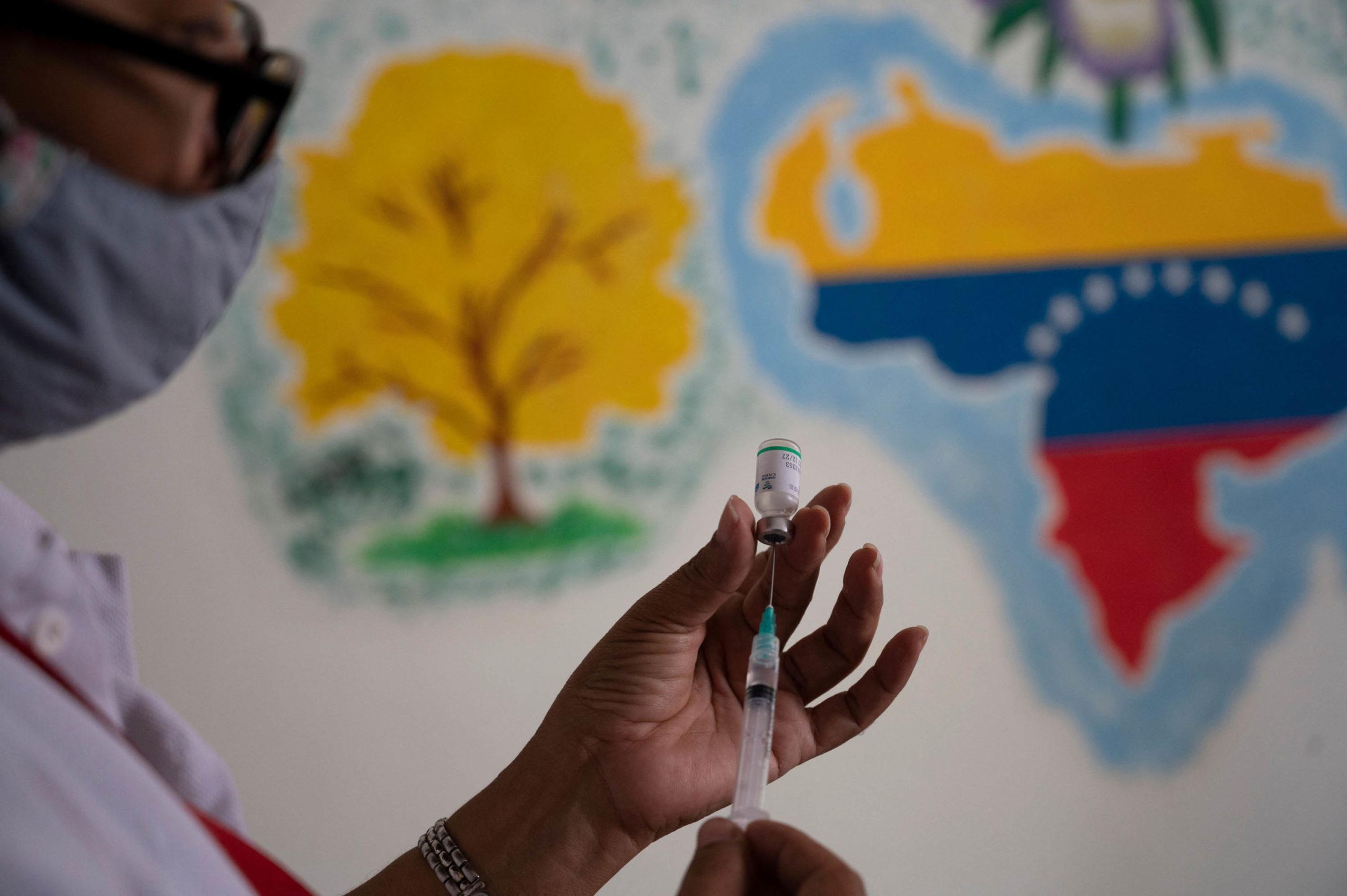 Venezuela nuk do ta aprovojë vaksinën e AstraZeneca-s