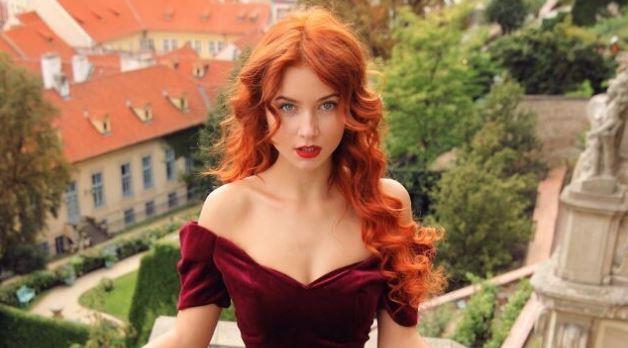Çfarë rreziku zbulon ngjyra e kuqe e flokëve?