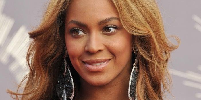 Sipas parukeres së Beyonce, këto janë ngjyrat e flokëve që duhet të provojnë vajzat me lëkurë të errët