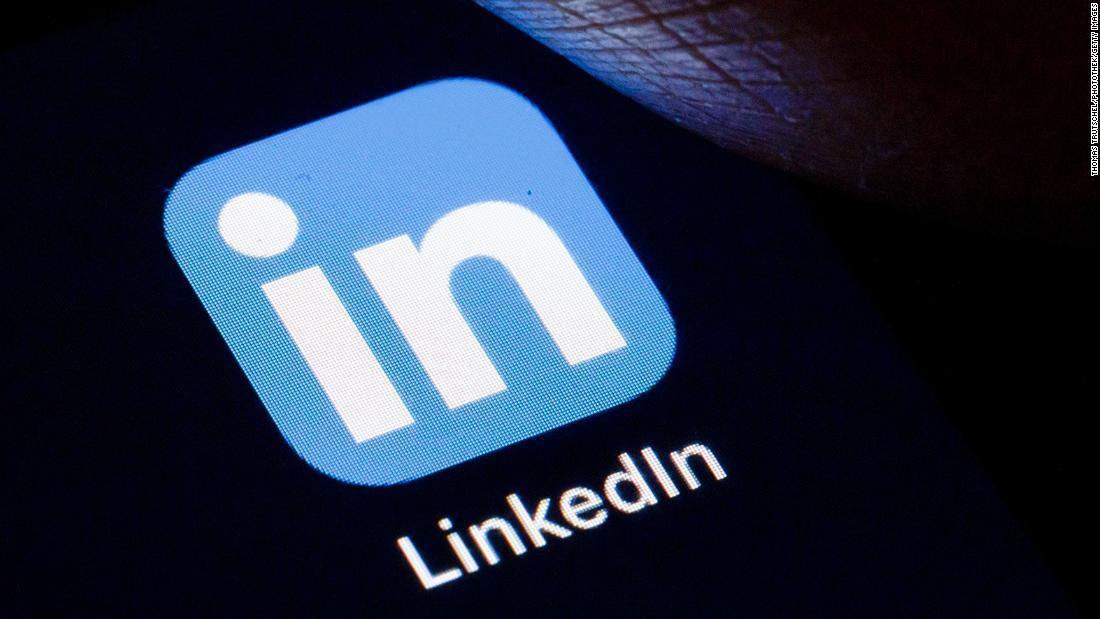 LinkedIn pezullon regjistrimet e reja në Kinë
