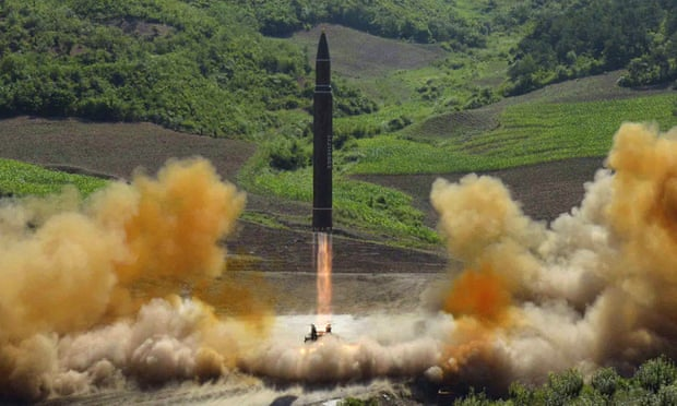 Paralajmërimi i SHBA: Koreja e Veriut po planifikon lëshimin e raketës balistike