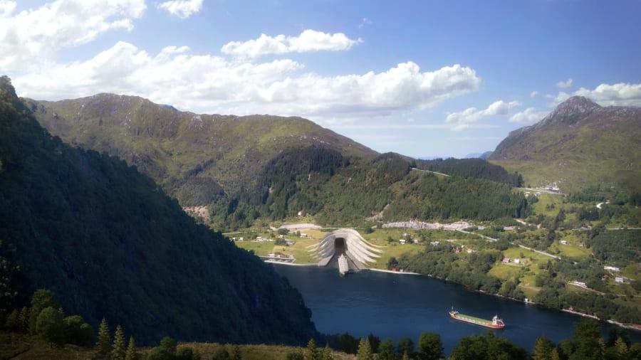 Tuneli i parë në botë i anijeve që do të ndërtohet nën malet norvegjeze