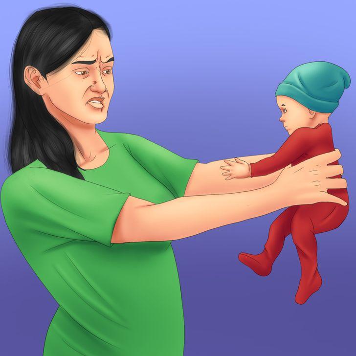 Pse disa nëna nuk dashurohen me bebet e tyre menjëherë pas lindjes