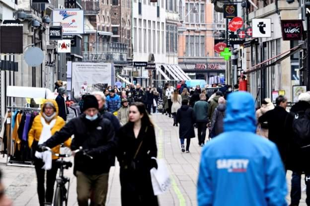 Teksa Europa po përballet me rritje të rasteve, Danimarka  lehtëson masat anti-Covid