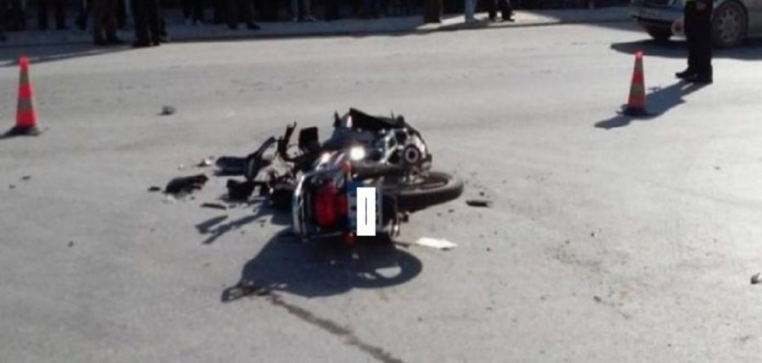 Makina përplas motoçikletën në Durrës, humb jetën drejtuesi