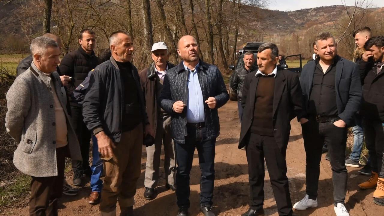 Luznia e Dibrës pa rrugë, Mziu: Në 8 vite Rilindja rregulloi vetëm dy rrugë e ka fytyrë kërkon vota