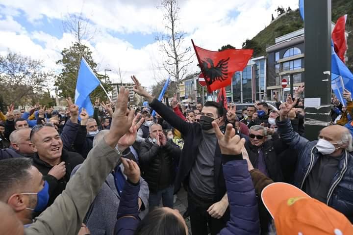 Basha pas takimeve në Vlorë: Të gjithë janë të bindur se Shqipëria ka nevojë për ndryshim