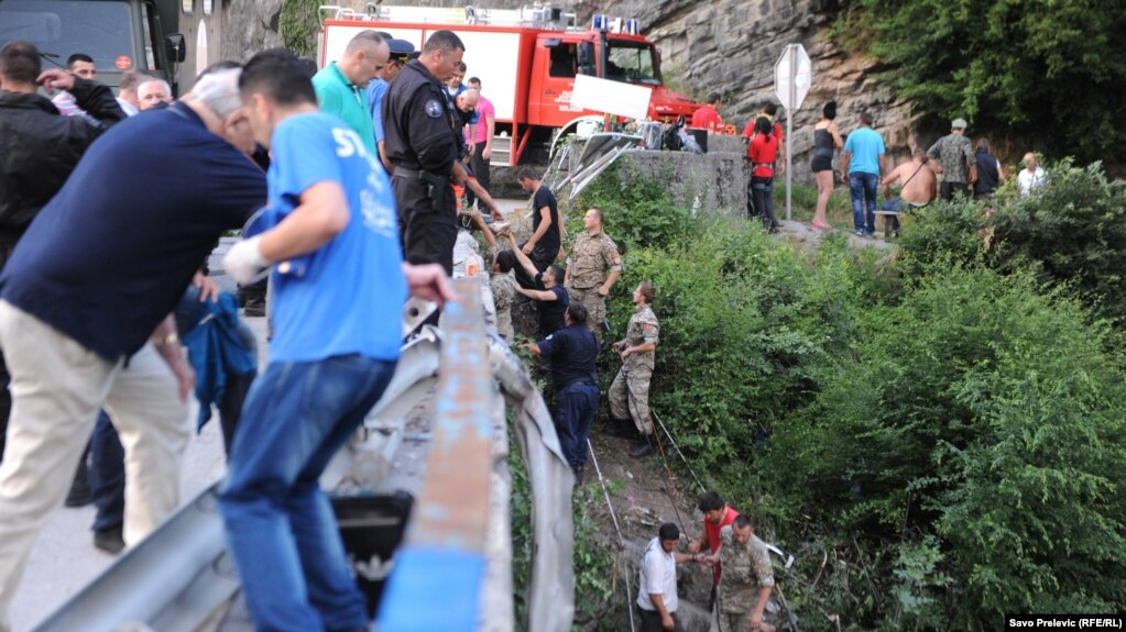 Rrëzohet autobusi ukrainas në Poloni, humbin jetën 6 persona plagosen 41 persona