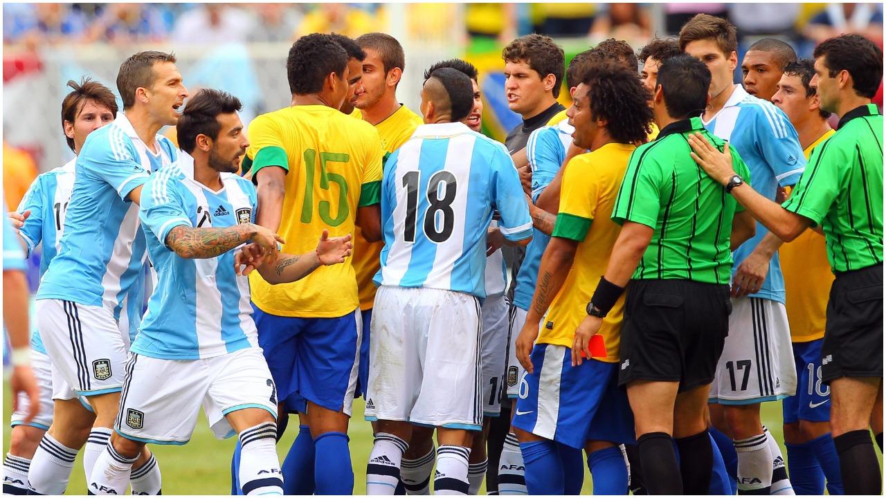 """Klubet """"bllokadë"""" lojtarëve, CONMEBOL shtyn zyrtarisht Brazil-Argjentinë"""