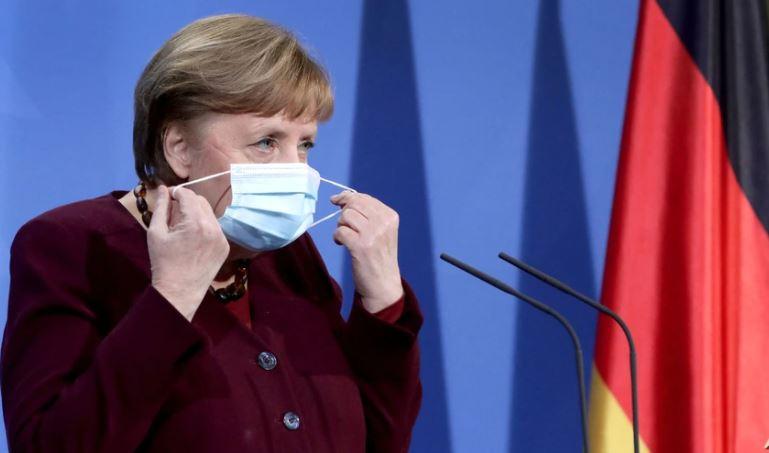 Merkel pro vaksinës ruse: Nuk presim miratimin e BE-së