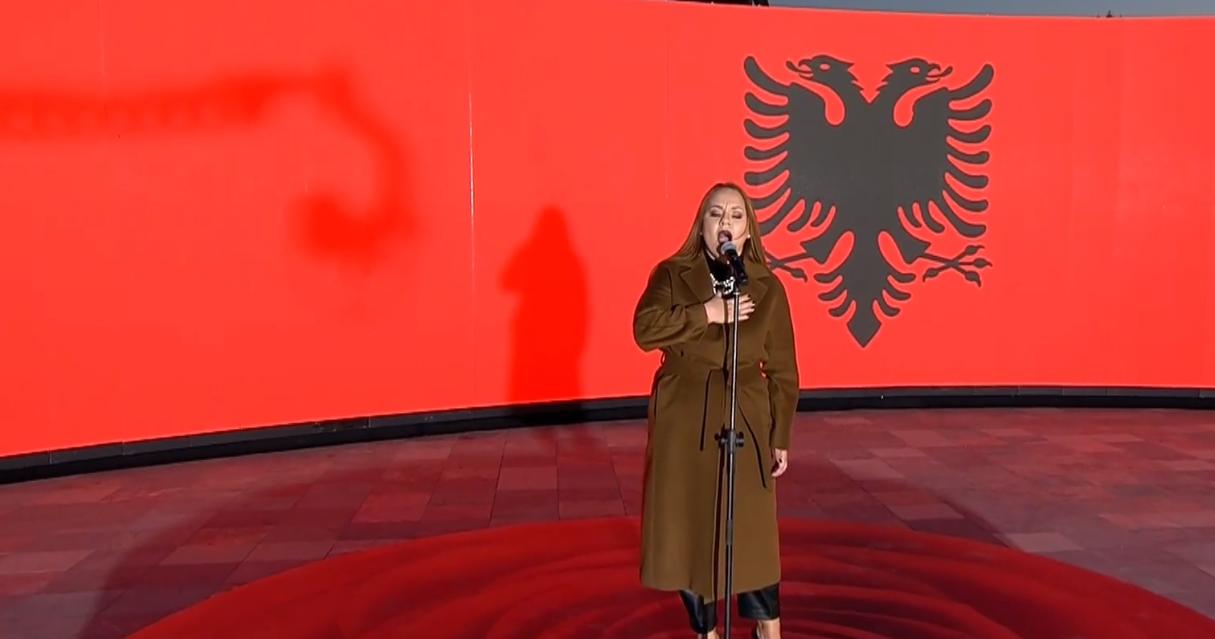 Me himnin kombëtar, Vikena Kamenica hap fushatën e socialistëve, 153 kandidatë në këmbë