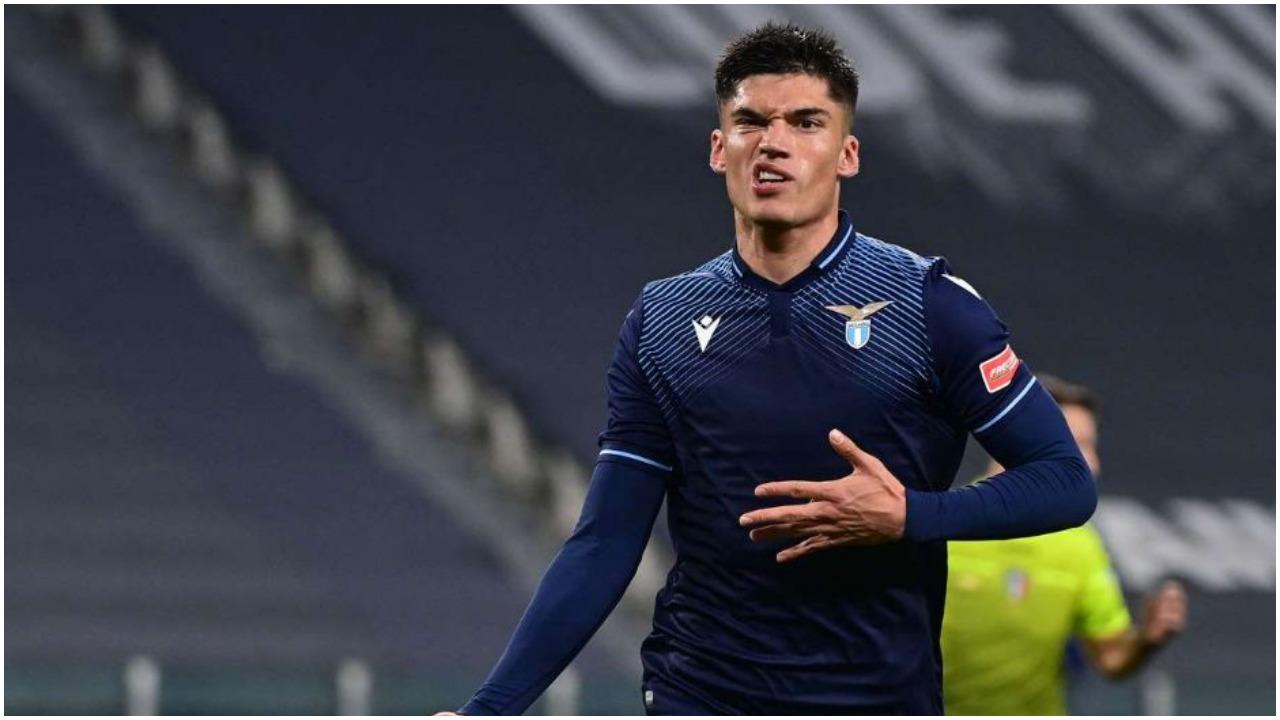 PSG, Inter dhe Arsenal e kthejnë në ankand: Ylli i Lazios është objektivi
