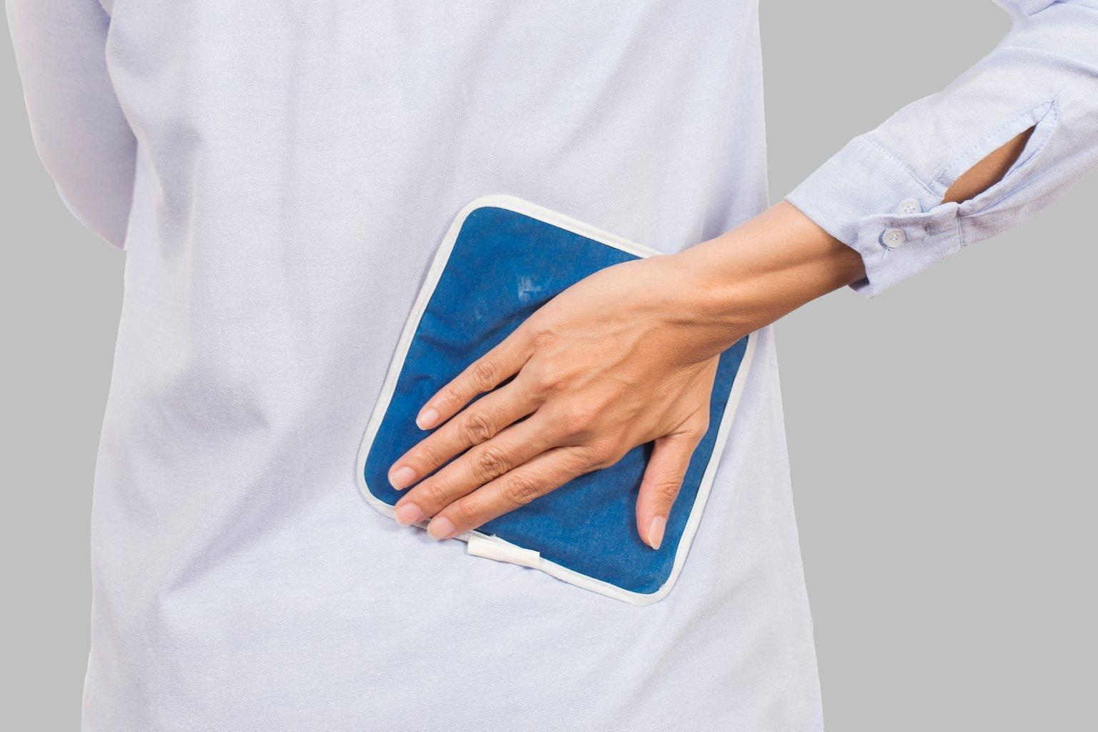 A duhet të përdorni akull apo nxehtësi për dhimbjet e mesit? Çfarë thonë ekspertët