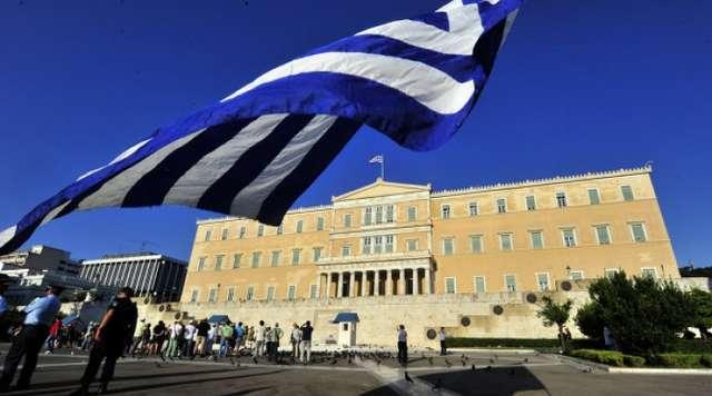 Greqia shtyn lejet e qëndrimit për emigrantët shqiptarë
