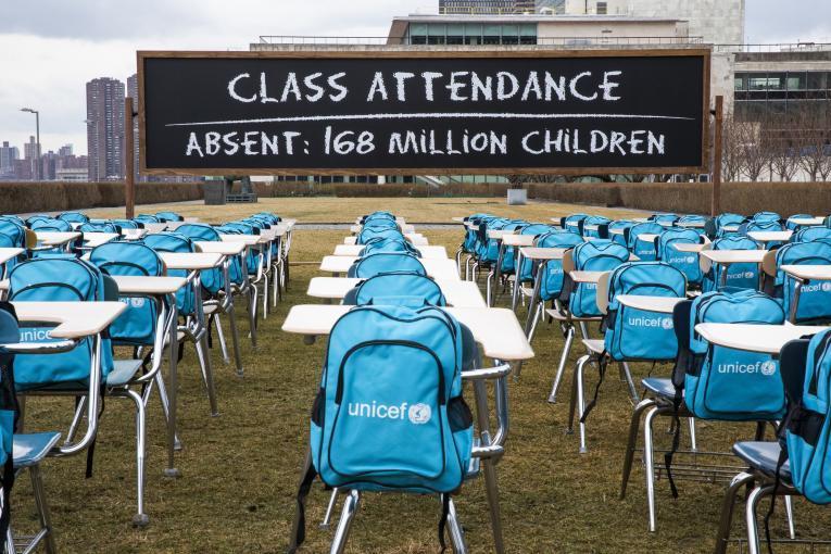 UNICEF: Shkollat janë mbyllur për një vit për më shumë se 168 milion fëmijë, si pasojë e pandemisë
