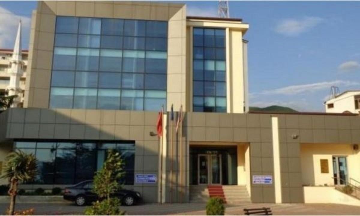 Punonjës me Covid pezullohet puna në prokurorinë e Pogradecit, të infektuar dhe në bashki