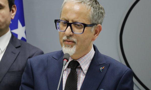Ministri i ri i Shëndetësisë nuk njofton masa të reja anti-Covid në Kosovë