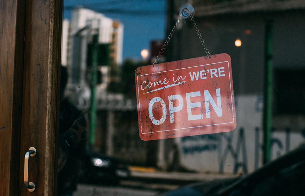 Për çfarë ia vlen të hapësh biznes? Zbuloni sektorët ku fitohet më shumë në Shqipëri