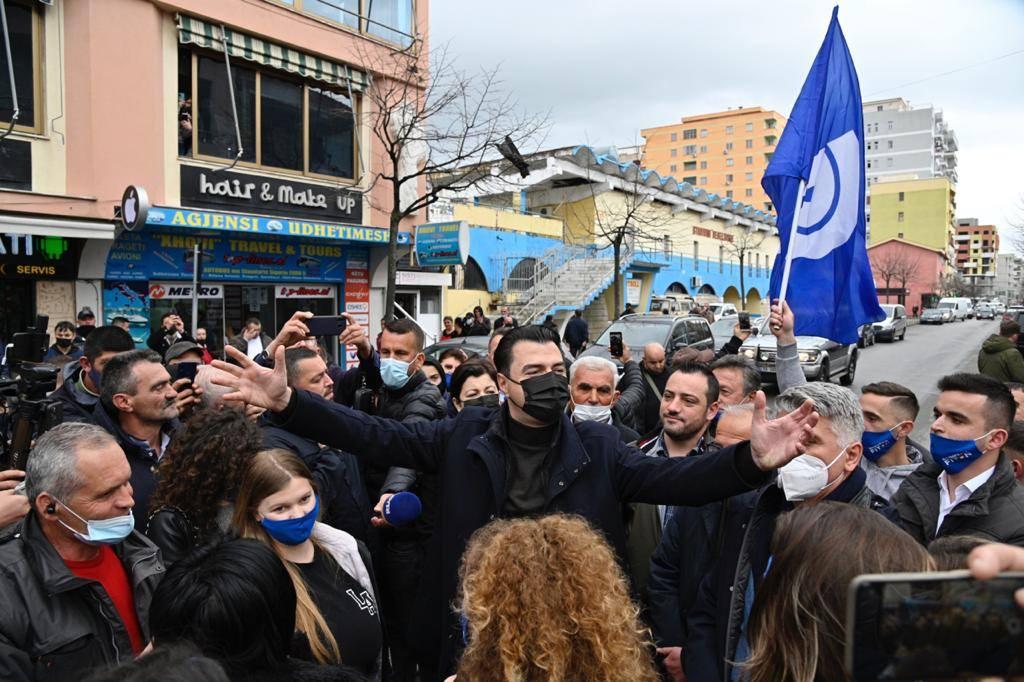 Basha pas takimeve me qytetarët: Lezhianët zgjodhën shpresën mbi frikën, ndryshimi po vjen