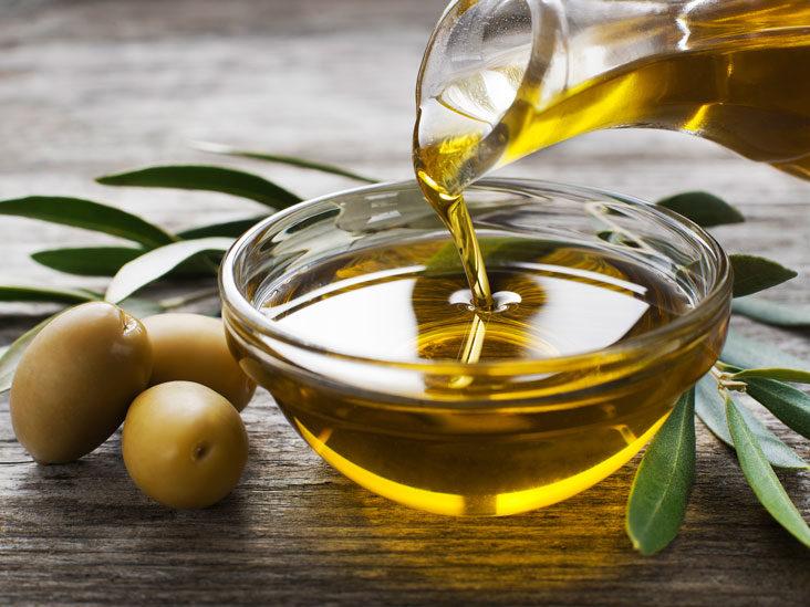 Pse duhet të pini një lugë vaj ulliri çdo mëngjes