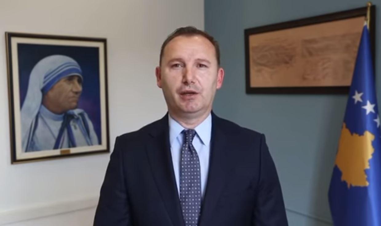Zemaj: Mbi 33 mijë doza vaksinash nga COVAX do të vijnë në Kosovë gjatë marsit
