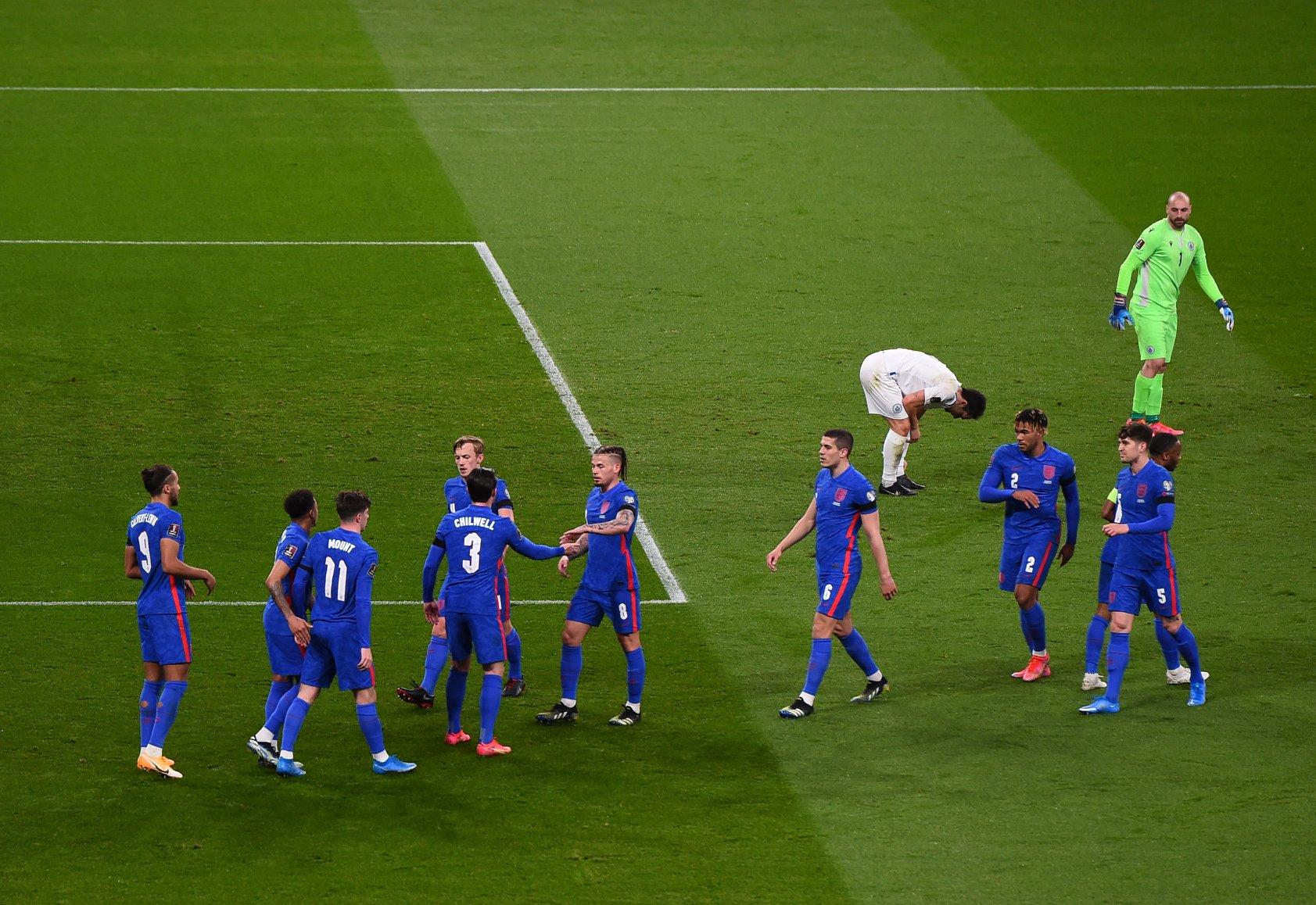 """Anglia me dy mungesa në """"Air Albania"""", sulmuesit e Arsenal e United kthehen në shtëpi"""
