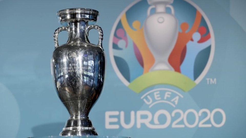 """""""Kleçkat"""" e listave me 26 lojtarë dhe portierët, UEFA vendos për EURO 2020"""