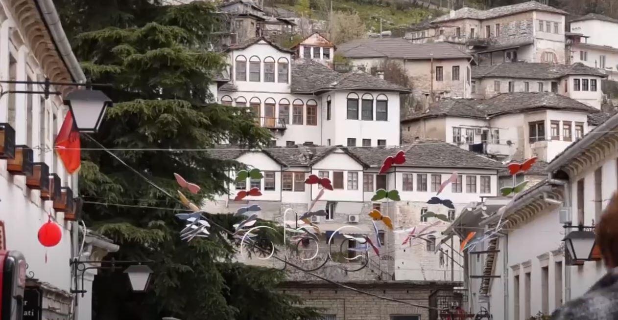 Restaurimi i Pazarit të Gjirokastrës, arkitekti: E vjetra zero, çatitë e trotuaret humbën origjinalitetin