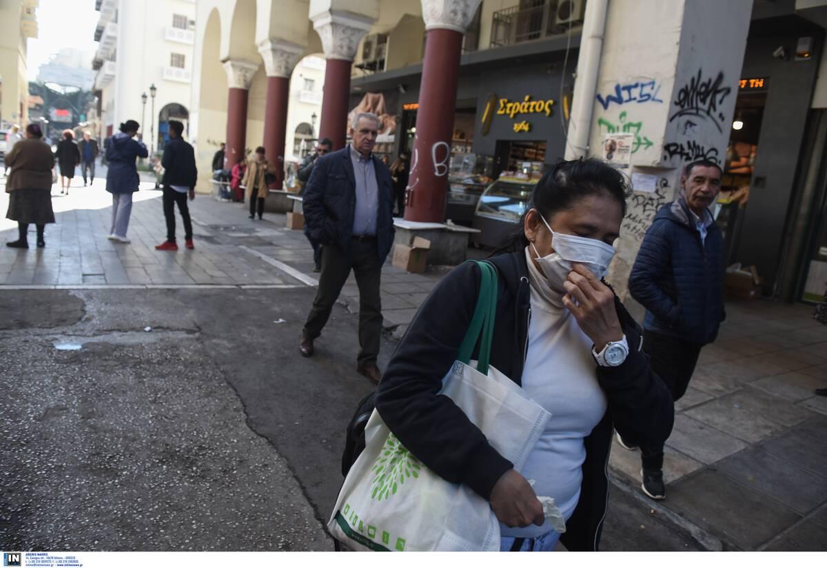 Kritike situata në Greqi, pritet që sot të regjistrohen 3,000 raste të reja me Covid-19