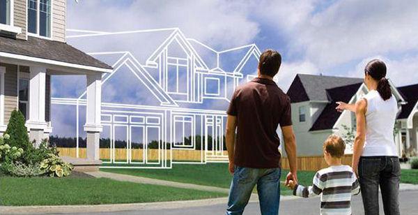 Shqiptarët i çojnë kursimet në blerjen e shtëpive, nivelet më të larta rajonale