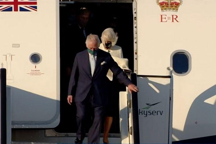 Greqia vishet blu në 200-vjetorin e Pavarësisë, Princi Charles mbërrin në Athinë