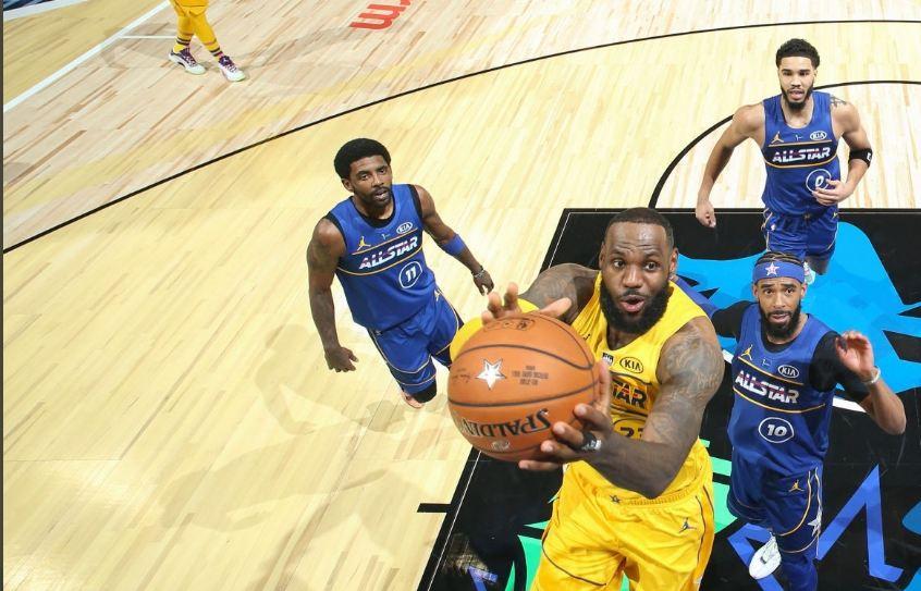 """Ndeshja e Yjeve të NBA shkon për LeBron, një grek i merr kurorën e """"mbretit"""""""