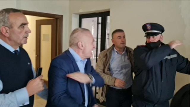 Sherri në zyrat e FRD-së, Veliaj: Meta shkoi të rrahë dy policë në prag pensioni, për të ardhur keq