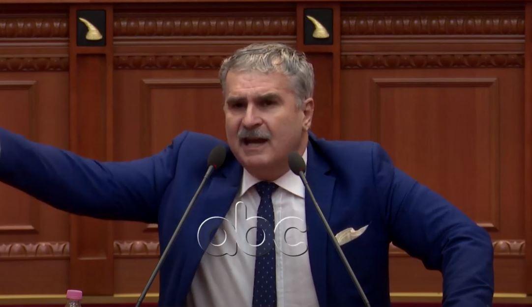 Gjuzi: Dy parti gjakosën Ditën e Verës, shqiptarë mos i votoni!