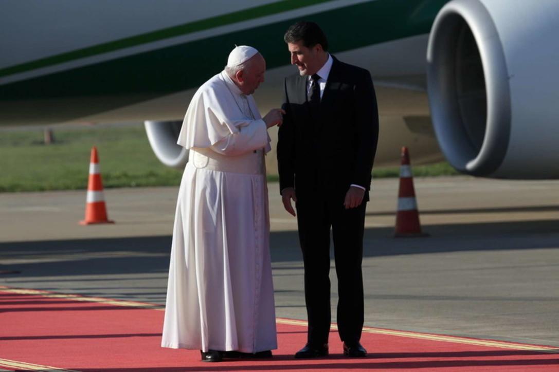 Papa Françesku në ditën e 3 të vizitës në Irak, lutje për viktimat e luftës në Mosul