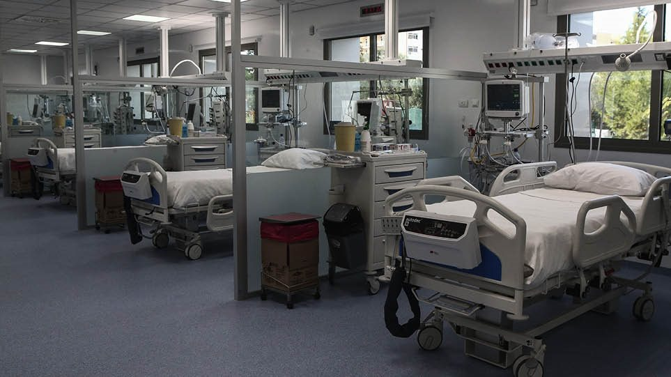 Shënohen 76 viktima dhe mbi 3 mijë raste të reja me Covid në Greqi
