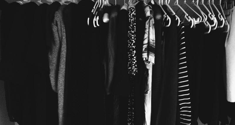 Nëse shpesh vishni rroba të zeza duhet të njihni 4 rregulla