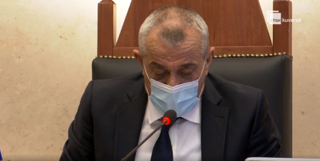 """""""Po mo Kujtim Po"""", Ruçi i kthehet Gjuzit: Jam kryetar Kuvendi deri më  8 Shtator"""