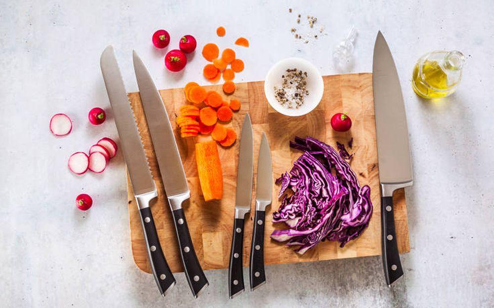 Pse nuk duhet të vendosni kurrë thika në pjatalarëse