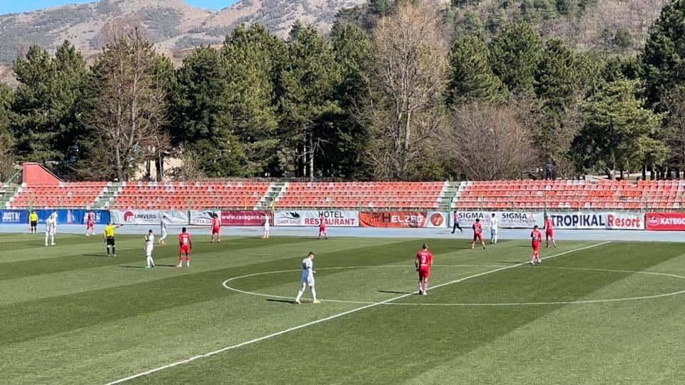 Skënderbeu-Tirana dhe Kastrioti-Kukësi, si rreshtohen skuadrat e Superiores