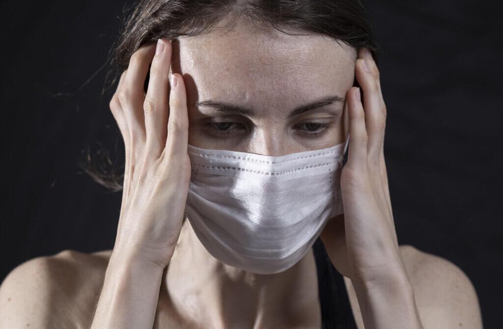 OKB: Pandemia, gratë shqiptare u prekën më shumë psikologjikisht dhe ekonomikisht