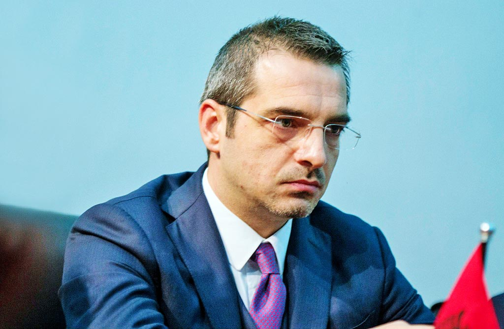 Saimir Tahiri për ndarjen nga jeta të Finos: Ehh mo Baç, qesh nga andej lart, do shihemi prapë