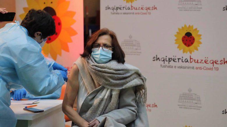 Zemaj falënderon qeverinë e shqiptare për vaksinimin e personeleve mjekësore