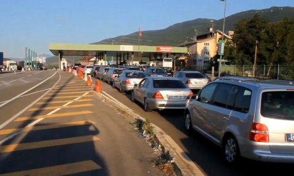 Kryeziu: Rreth 29 mijë qytetarë të Kosovës në Shqipëri për fundjavë, fluksin nuk e shkaktuan masat e reja